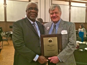 Former Oregon Superintendent of Prisons Frank Thompson (left) was the keynote speaker at the Oklahoma Coalition to Abolish the Death Penalty annual Dinner and Awards Ceremony.  Also pictured is OK-CADP Lifetime Advocate Award winner Nathaniel Batchelder, director of the Oklahoma City Peace House.  Photo by Darla Shelden
